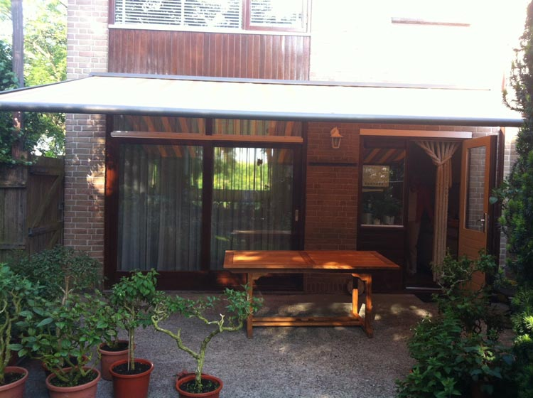 weinor plaza home te wateringen voorberg luxe zonwering. Black Bedroom Furniture Sets. Home Design Ideas